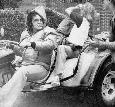 Elvis with Fan on SuperTrike