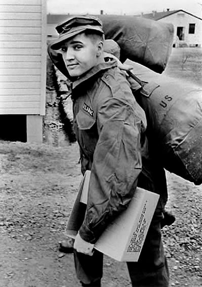 Elvis-Wearing-Army-Jacket-2.