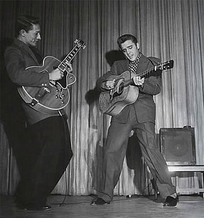 Elvis in Frontier Hotel Suit