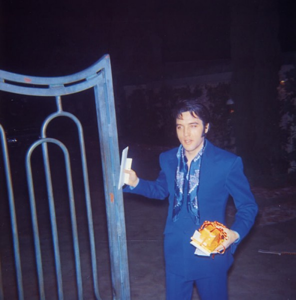 Elvis Receiving Presents at Graceland Gate