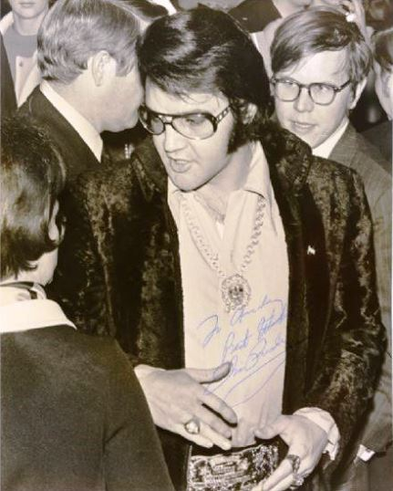 Elvis Signed Photograph From Jaycees Ten Outstanding Young Men of America Award Luncheon
