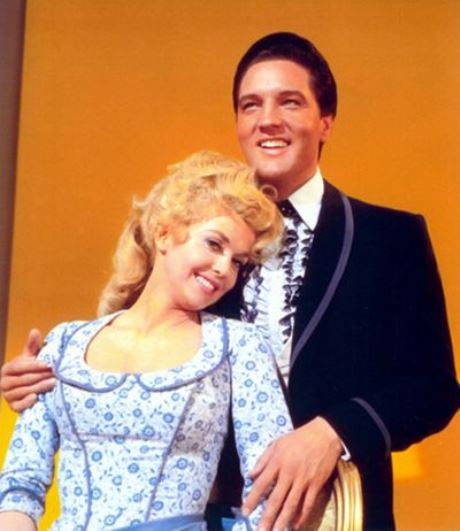 Elvis and Donna Douglas in Frankie and Johnny