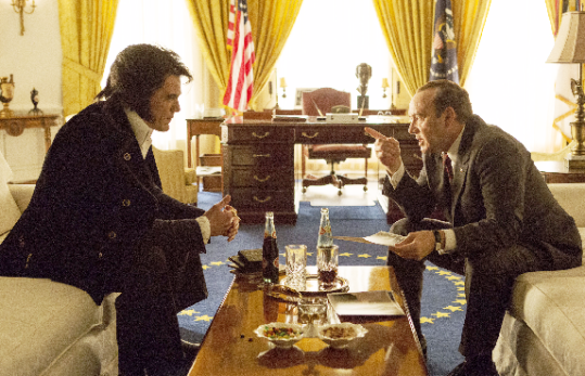 Elvis and Nixon in Oval Office