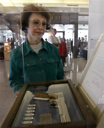 Gun Elvis gave Nixon on Display at Presidential Library