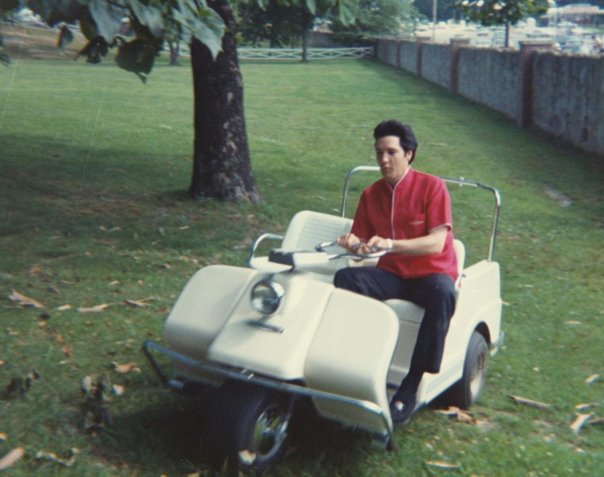 Elvis on Golf Cart