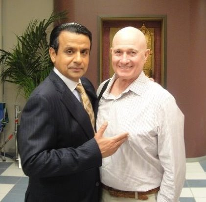 AjayMehta and Christopher Riordan in Outsourced - 2010