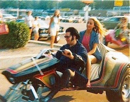 Elvis and Linda Thompson on his supertrike