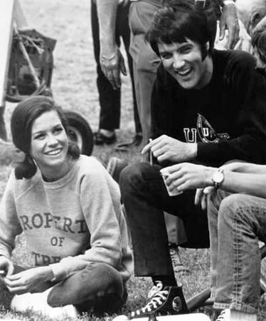 Elvis and Mary Tyler Moore in Change of Habit 3