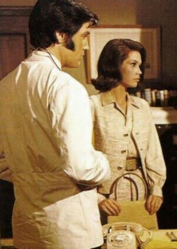 Elvis and Mary Tyler Moore in Change of Habit 7