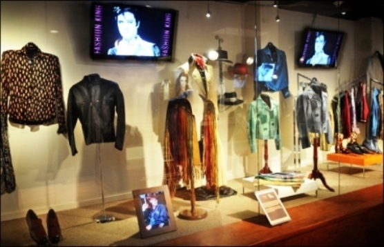 Graceland's Elvis Fashion King Exhibit