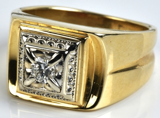 "Elvis -- Gold and Diamond ""Pyramid"" Ring"