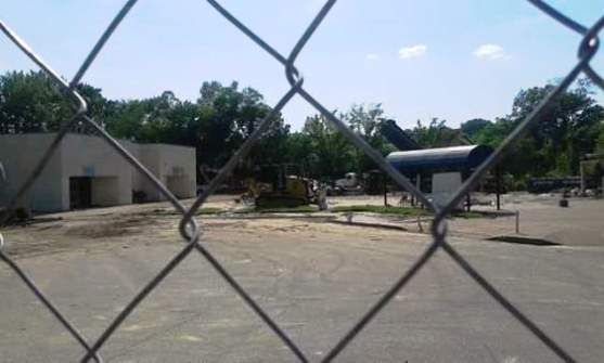 Graceland Plaza Demolition 3