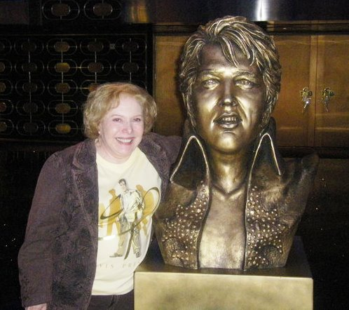 Linda Deutsch With Elvis Statue Feb 28, 2010