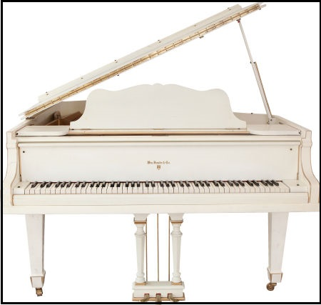 Elvis' Knabe Grand Piano