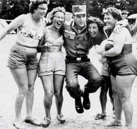 Elvis and Four German Babes