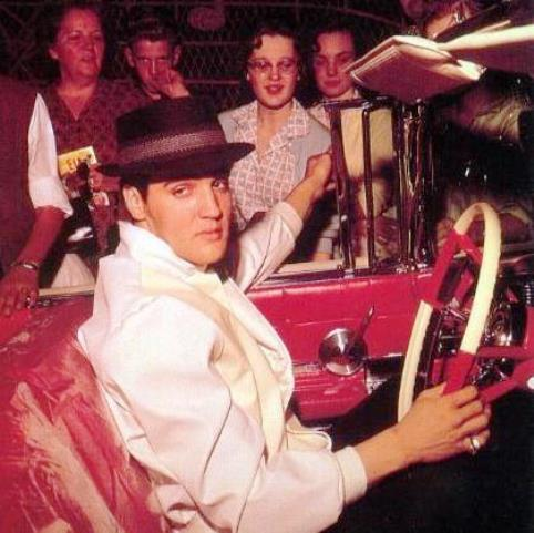 Elvis in Caddy, Weatring Fedora
