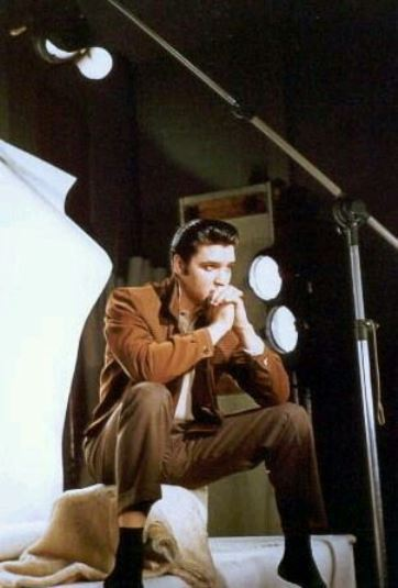 Elvis in Deep Thought