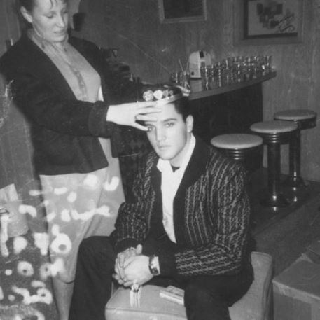Elvis is crowned