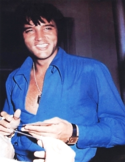 1970 Photo of Elvis Arm Sweat
