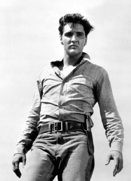 Elvis, armpit sweat in1960 Flamig Star