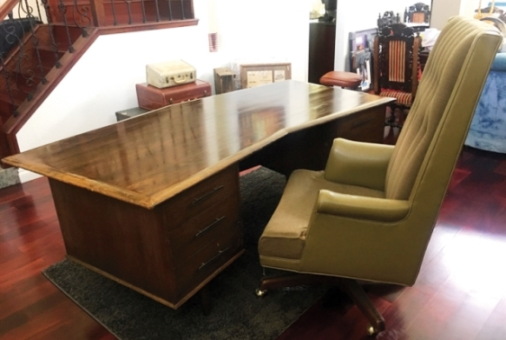 Elvis Presley - Hillcrest Home Walnut Desk and Chair