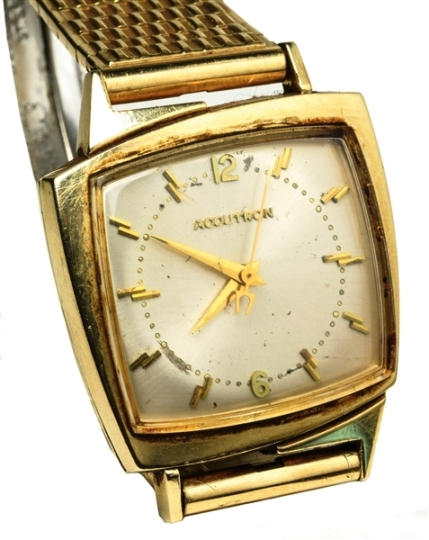 "Elvis Presley Owned 14K Gold Bulova Wristwatch with ""EP"" Engraved on the Reverse"