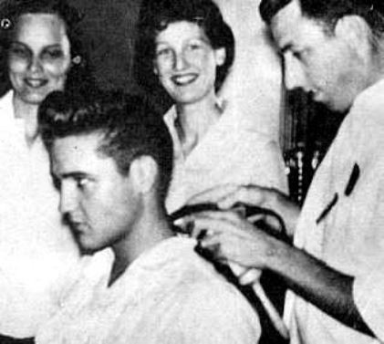 October 1958. Elvis getting a haircut in Bad Nauheim.