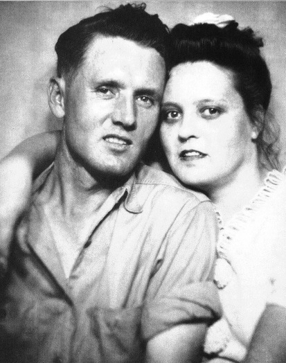 Vernon and Gladys - Early 40s