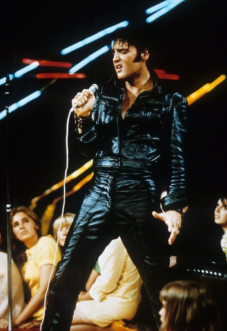Elvis - 68 Comeback Black Leather - Lip Curl