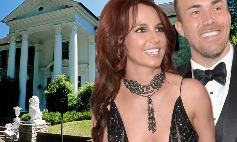 Britney and David Outside Graceland