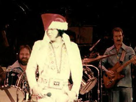 Elvis Santa On Stage