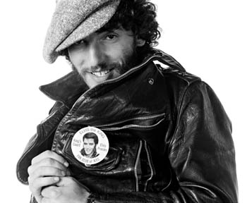 Bruce Springsteen and flashing Born to Run Elvis Button 1975