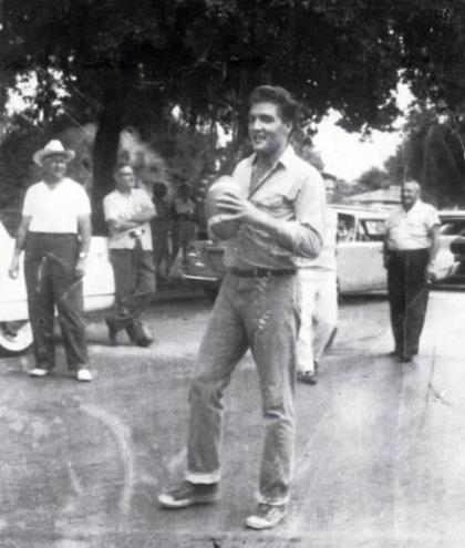 Elvis Tossing Football off Set on 'Follow That Dream'