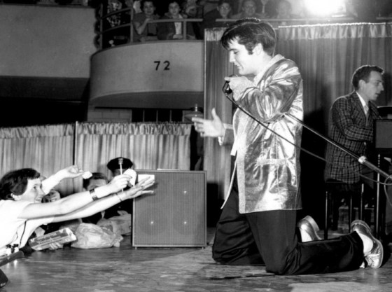 Elvis on his Knees - 1st April 1957 - Buffalo NY