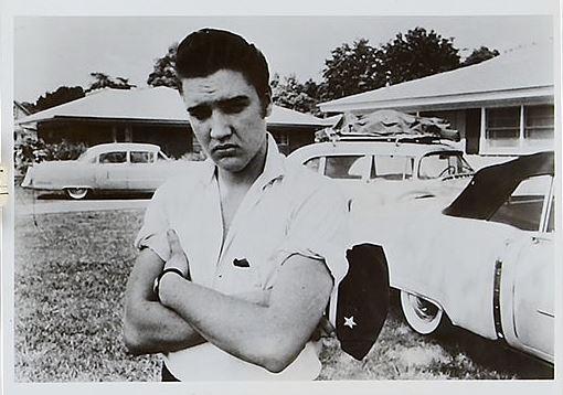 Sullen Elvis in Short Sleeve